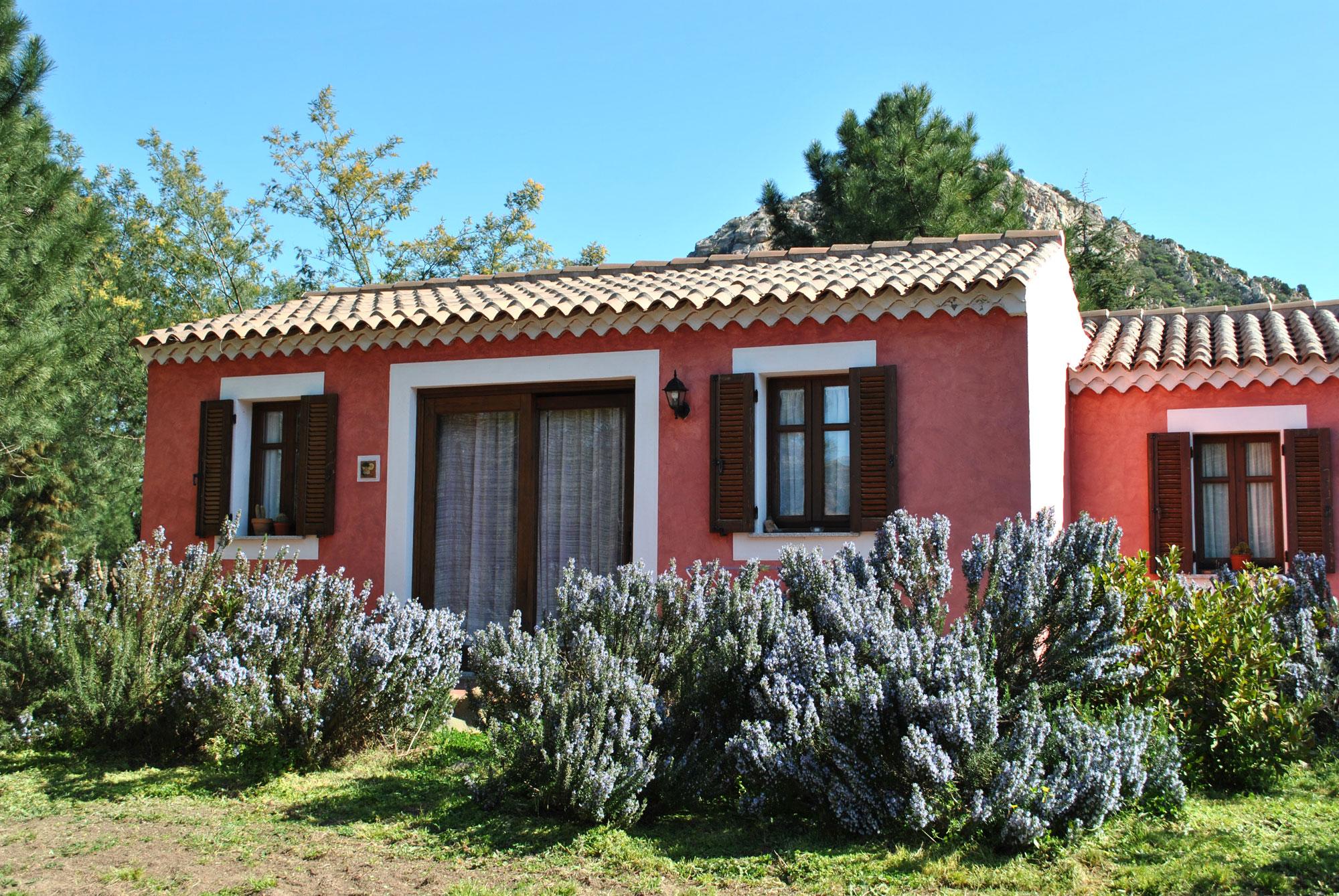Facciate esterne case di campagna ka42 regardsdefemmes - Casa a colori ...
